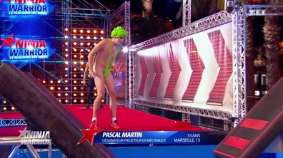 Alerte intrus ! Borat s'invite dans Ninja Warrior !