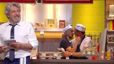 L'addition : Un baiser entre Jean-Paul Rouve et Kyan en cuisine !