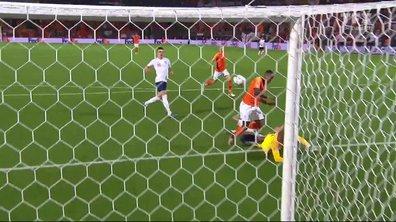 Pays-Bas - Angleterre (2 - 1) : Voir le but de Promes ou plutôt le csc de Walker en vidéo