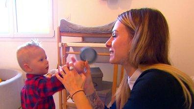Camille, fusionnelle avec ses jumeaux dans l'épisode 02 de Familles nombreuses : la vie en XXL