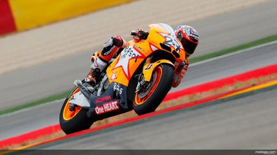 Moto GP 2011 : Casey Stoner encore royal à Aragon