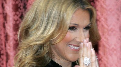"""Céline Dion maman comblée et """"très très fière"""" de ses jumeaux !"""