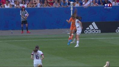 USA - Pays-Bas (0 - 0) : Voir l'énorme choc Mertens-O'Hara en vidéo