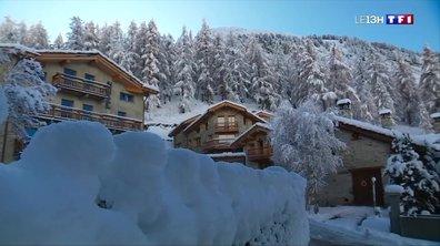 Chutes de neige en Savoie : Le Fornet plongé dans l'hiver