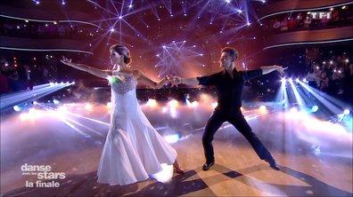 Du jamais vu ! Pour la première fois dans le concours, les deux finalistes Clément Rémiens et Iris Mittenaere dansent ensemble