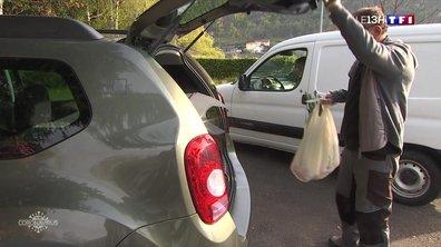 """Confinement : les producteurs de Foix inventent leur """"drive fermier"""" pour vendre leurs produits"""