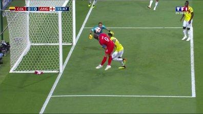 VIDÉO - Colombie-Angleterre : Carlos Sanchez provoque (encore) un penalty