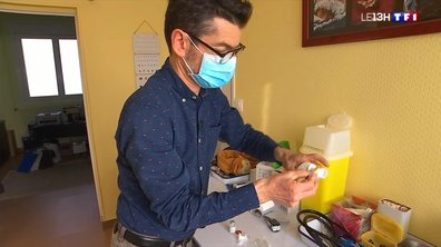 Covid-19 : certains médecins ont commencé à vacciner les 50-64 ans porteurs de comorbités