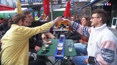 Covid-19 : les Belges retrouvent la joie des terrasses