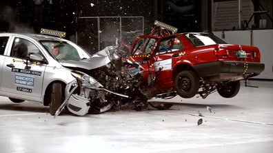 Vidéo : Le terrifiant crash-test de la dangereuse Nissan Tsuru