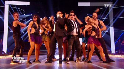 Les danseurs professionnels dansent sur « Everybody needs somebody » (Blues Brothers)