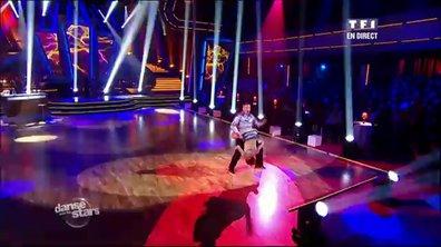 Jean-Marie Bigard et Fauve Hautot dansent une samba sur Un, Dos, Tres, María (Ricky Martin)