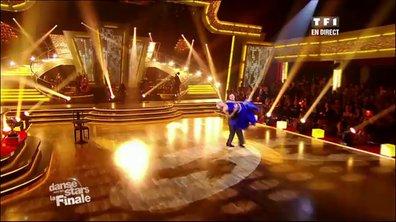 M. Pokora et Katrina Patchett dansent un fox-trot sur New York, New York (Frank Sinatra)