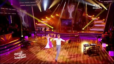 Sheila et Julien Brugel dansent un jive sur L'école est finie (Sheila)