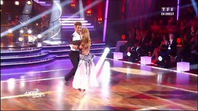 Sheila et Julien Brugel dansent un quickstep sur C'est comme ça (Les Rita Mitsouko)