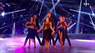 Les danseurs rendent hommage à Johnny Hallyday