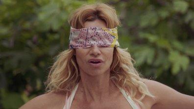 Défi relevé ! Chloé joue à l'équilibriste les yeux bandés… (épisode 254)