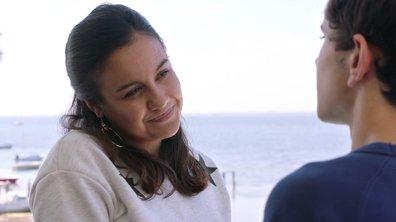 LE BISOU – Timothée et Noor officialisent leur relation ! (épisode 342)