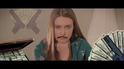 « Le générique leur appartient » joué par Garance Teillet (Jessica Moreno)