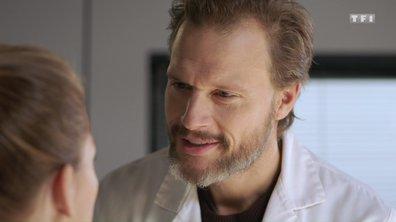 Dans l'épisode 375, Samuel s'intéresse de près à Amanda !