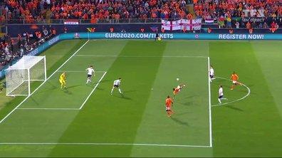Pays-Bas - Angleterre (0 - 1) : Voir la tentative acrobatique de Depay en vidéo