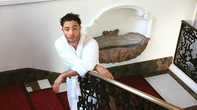 Alerte chaleur : Chuck Bass en peignoir affole Instagram