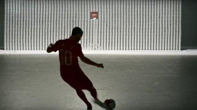 Vidéo insolite : Eden Hazard face à un mur de 10 000 tasses