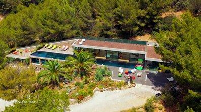 EXCLU - Visitez une villa futuriste designée par Rudy Ricciotti