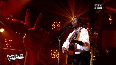 The Voice : Emmanuel Djob chante Cabrel, le public le sauve