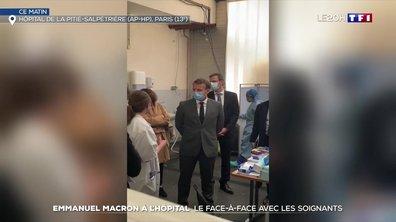 Emmanuel Macron face aux soignants à la Salpêtrière