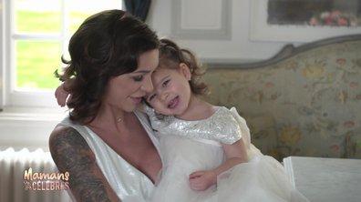 Julia prend la pose en robe de mariée aux côtés de Luna