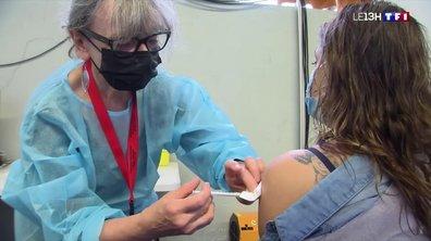 Faut-il élargir la vaccination aux plus jeunes ?