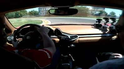 Caméra embarquée : Alonso en Ferrari 458 Italia sur circuit !
