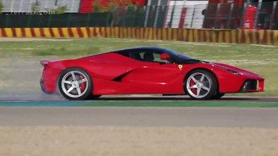 La Ferrari LaFerrari en dérapage sur le circuit de Fiorano