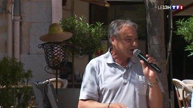 Fête de la musique : les préparatifs de Charly, fan de Michel Sardou
