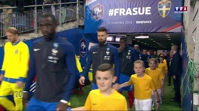 France - Suède : entrée des joueurs