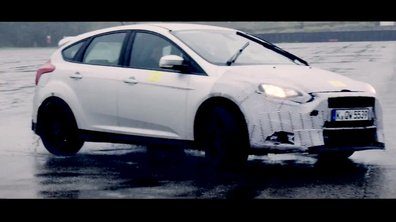 Ford Focus RS 2015 : le teaser vidéo
