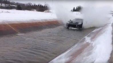 Vidéo : la Ford GT 2017 se baigne en eau froide
