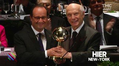 François Hollande remporte le prix maudit