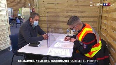 Gendarmes, policiers, enseignants : vaccinés en priorité