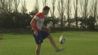 VIDEO Insolite : Giroud jongle avec un ballon... de rugby !