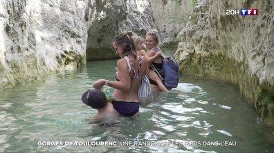 Gorges de Toulourenc : une randonnée les pieds dans l'eau