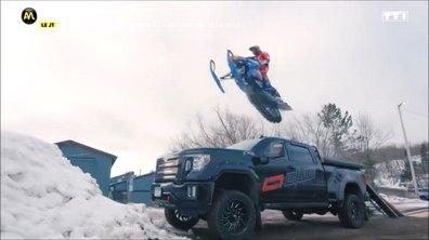 VIDEO - Un Gymkhana en motoneige !