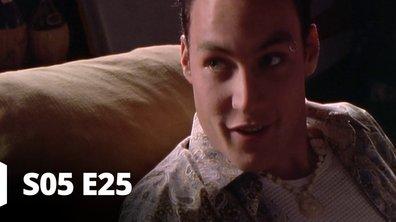 Hartley, coeurs à vif - S05 E25 - Lui ou moi