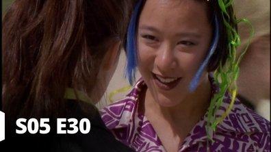Hartley, coeurs à vif - S05 E30 - Trop jeune pour elle !