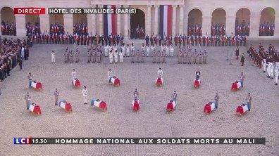 Hommage 15 - E. Macron