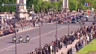 Hommage national : traversée du Pont Alexandre III