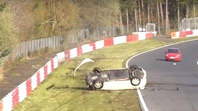 Insolite : une Honda Civic Type-R enchaîne les tonneaux sur le Nürburgring Nordschleife