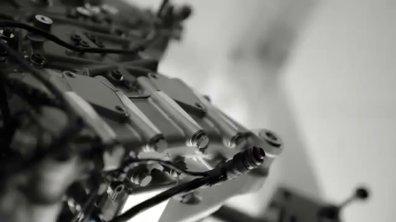 F1 2015 : le son du nouveau moteur Honda !