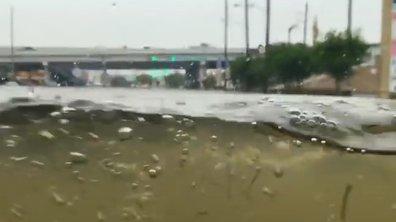 Insolite : Il traverse Houston inondée en Hummer H1
